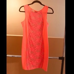 Coral & nude color dress - Size 7